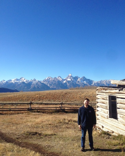 Abandoned Cabin with Teton Mountain Range ft. Tom